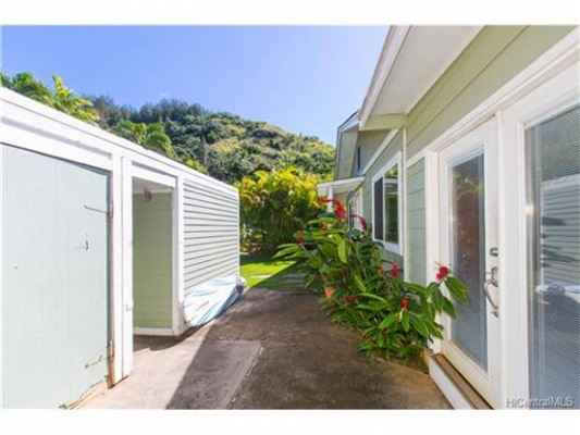 Luxury homes  Great family home in Haleiwa