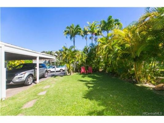 Luxury real estate  Great family home in Haleiwa