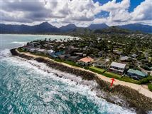 Mansions in OCEANFRONT Kaimalino property