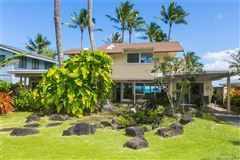 magnificent beachfront estate mansions