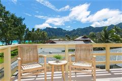 Mansions in magnificent beachfront estate