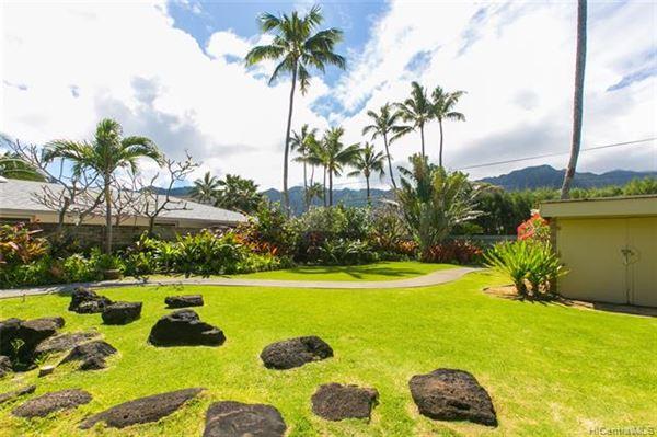 Mansions magnificent beachfront estate