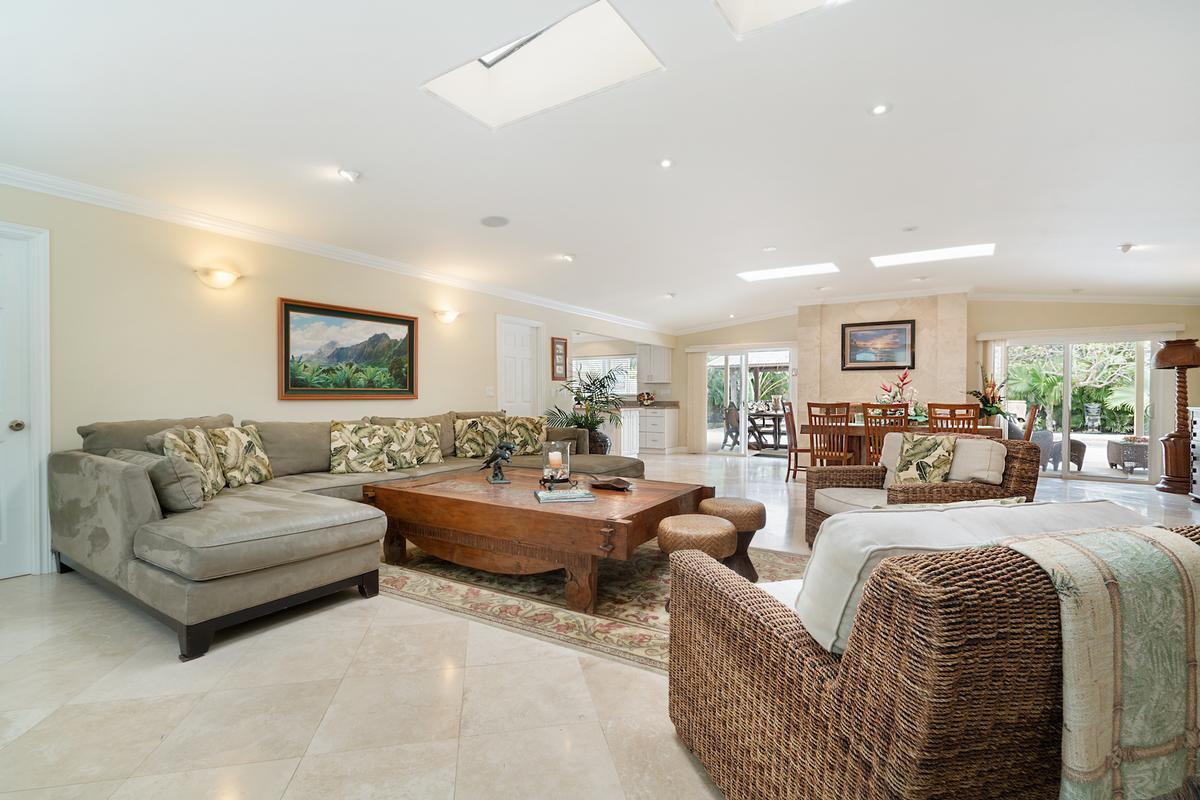 Kailua Beachside luxury homes