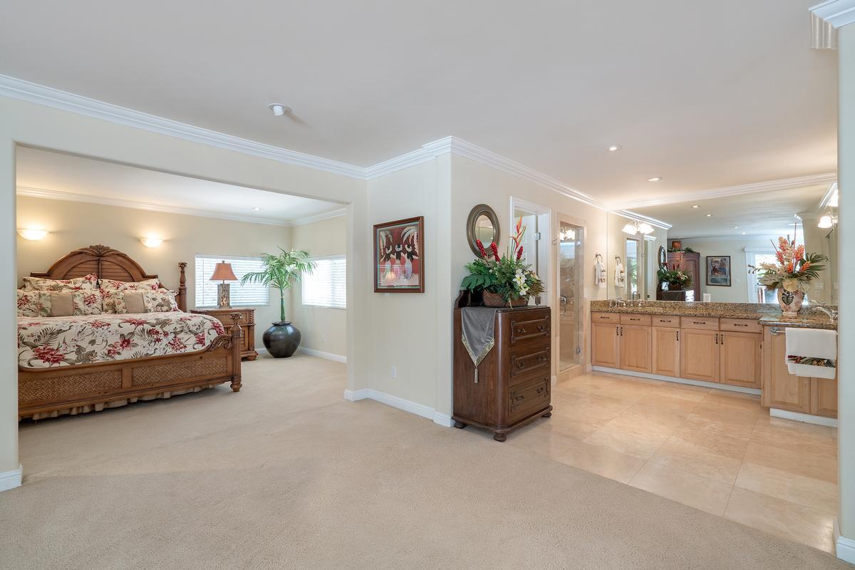 Luxury properties Kailua Beachside