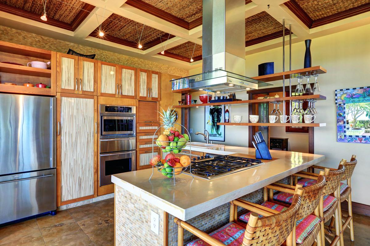 Luxury real estate Aloha Spirit Maui