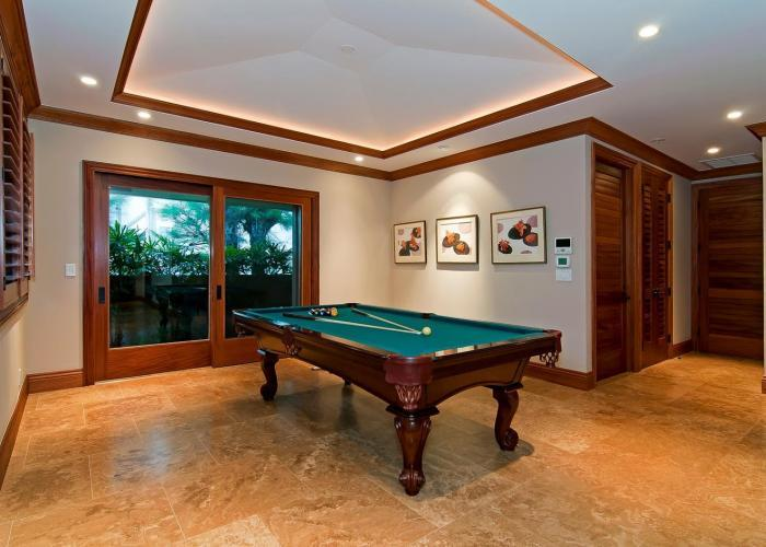 Luxury homes in Royal Kailua