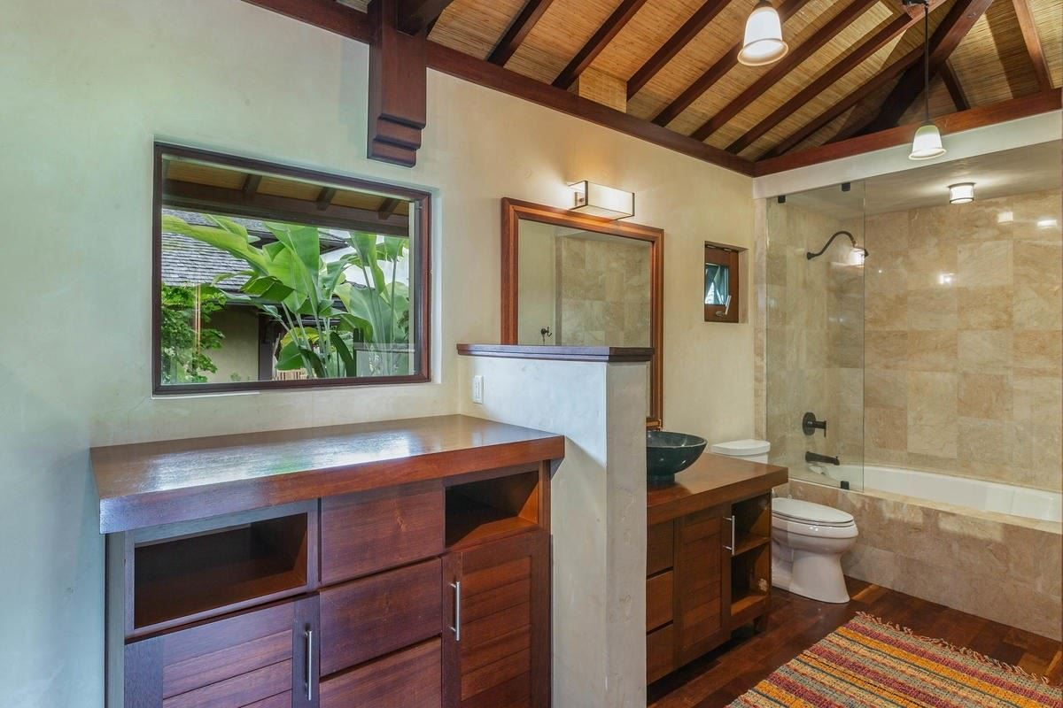 Luxury real estate exquisite Bali style home on seven acres