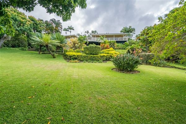 Luxury properties beautiful residence in Kona Sunshine Estates