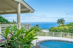 Mansions in beautiful residence in Kona Sunshine Estates