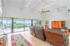Luxury real estate beautiful residence in Kona Sunshine Estates