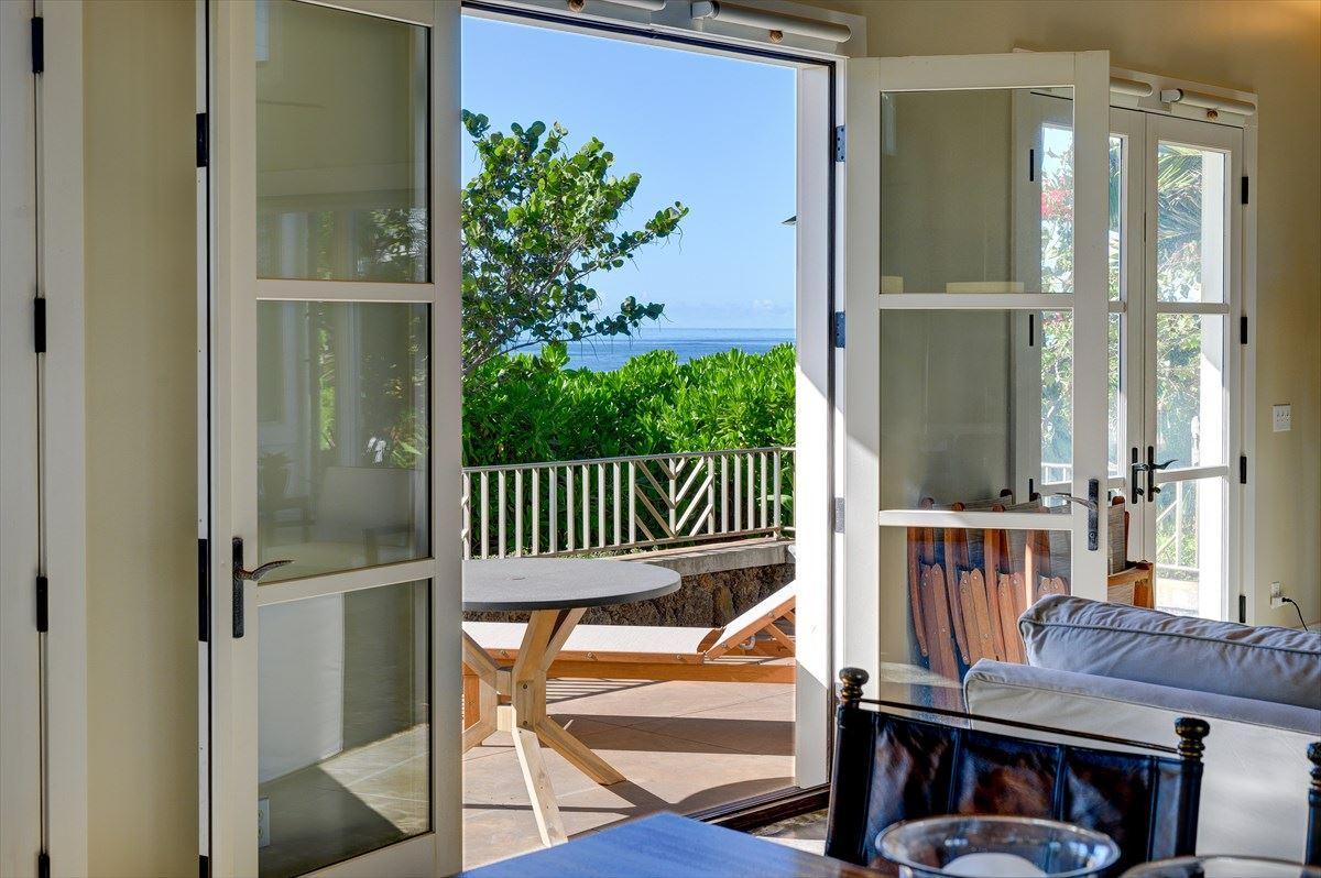 Luxury homes in open concept Designer custom home
