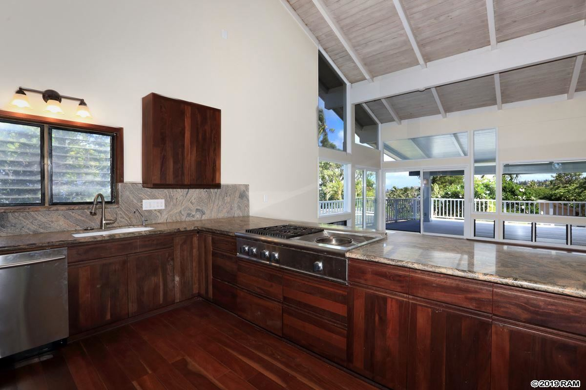 Luxury homes in Recently upgraded Napili home