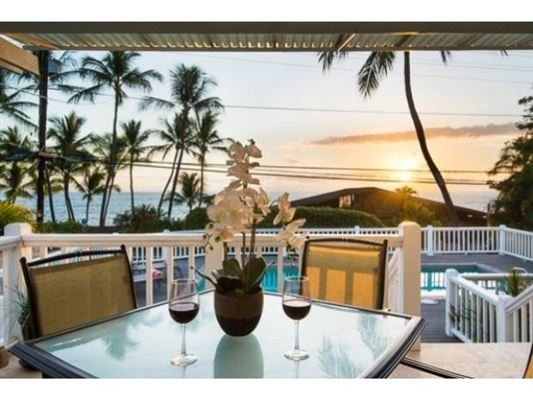 Luxury homes Refined Elegance in kauhou