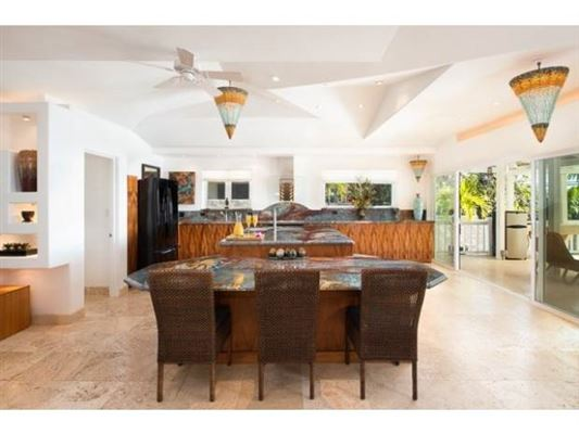 Refined Elegance in kauhou luxury properties