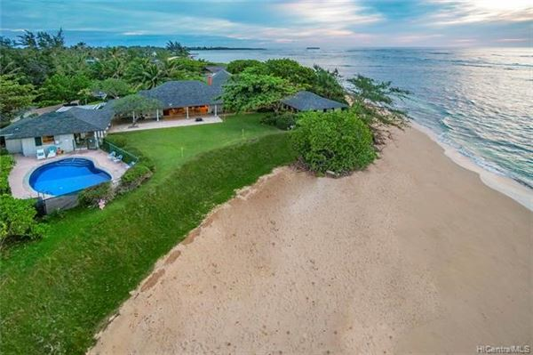 BEACHSIDE LODGE in Hawaii luxury properties