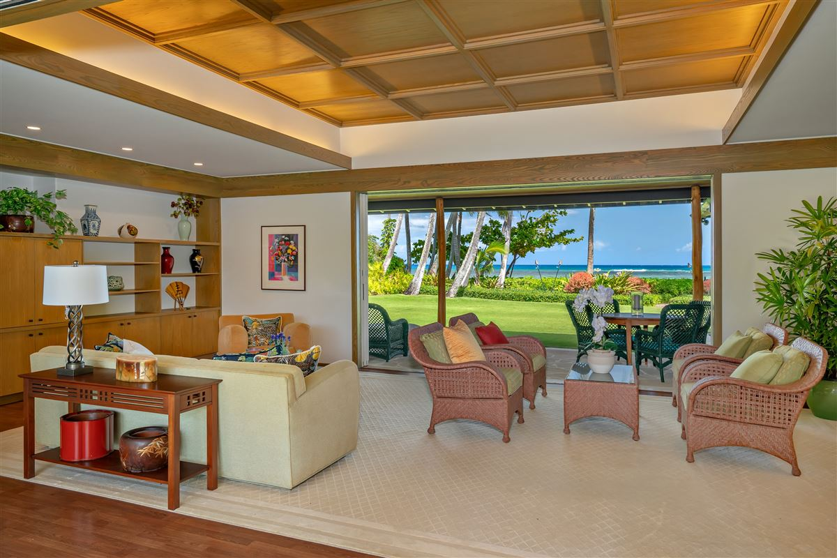 largest kahala avenue beachfront property on the market luxury homes