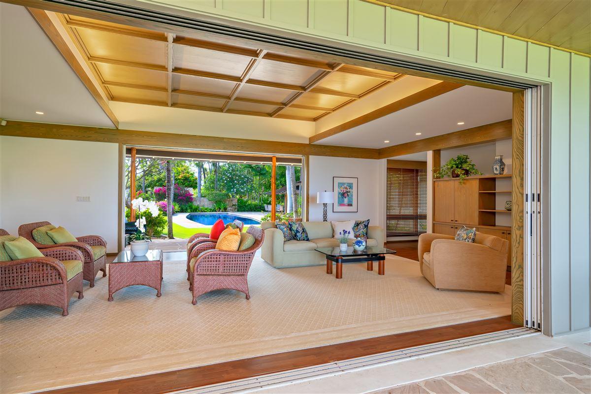 Luxury real estate largest kahala avenue beachfront property on the market
