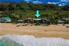 tranquil beachy lifestyle luxury properties