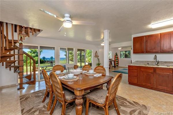 Luxury homes tranquil beachy lifestyle