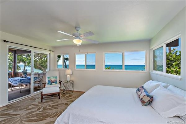 Mansions tranquil beachy lifestyle