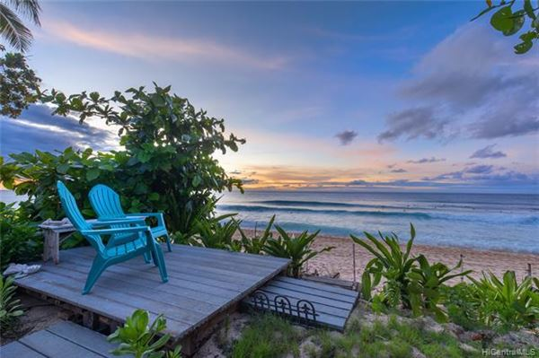 tranquil beachy lifestyle luxury real estate