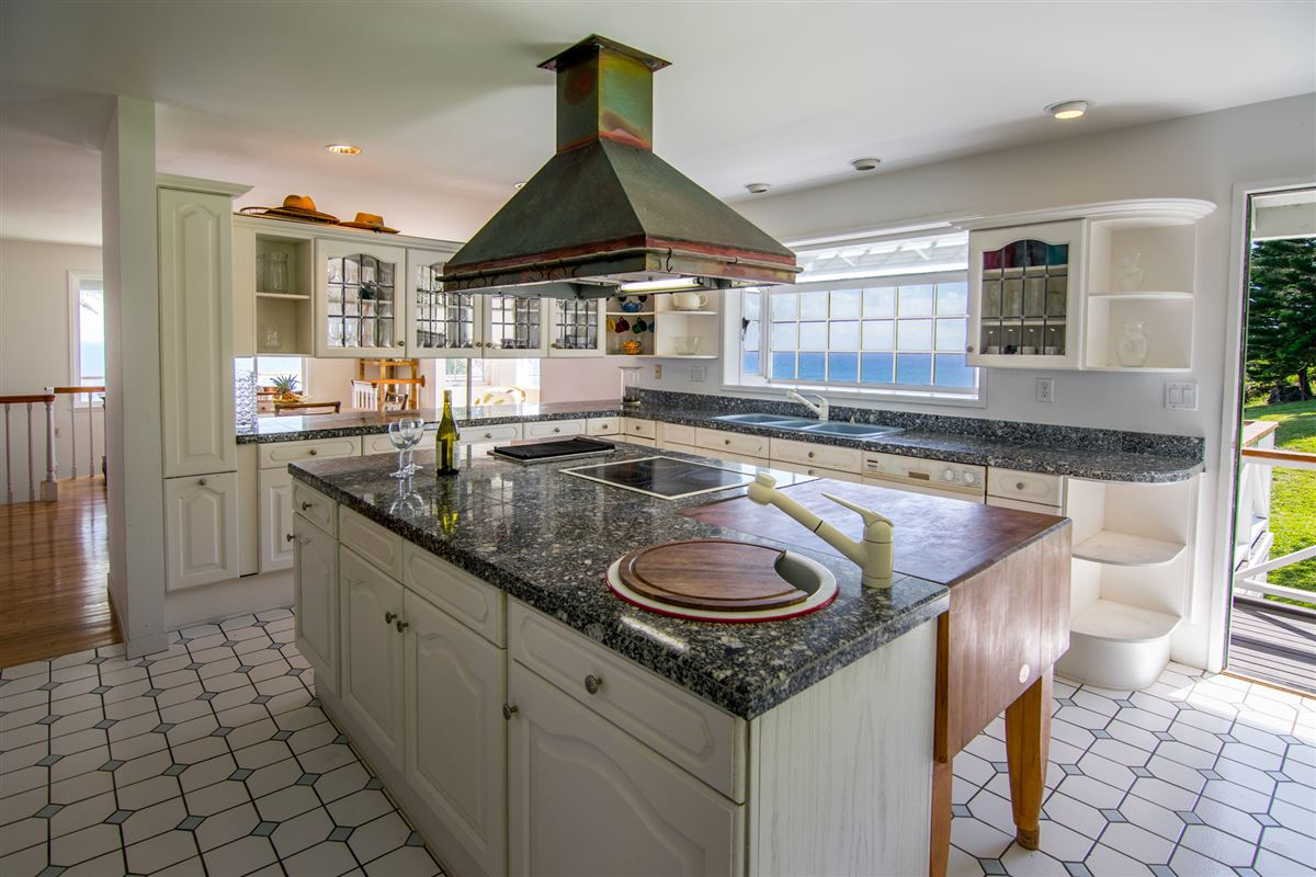 Maui Oceanfront Estate  luxury properties