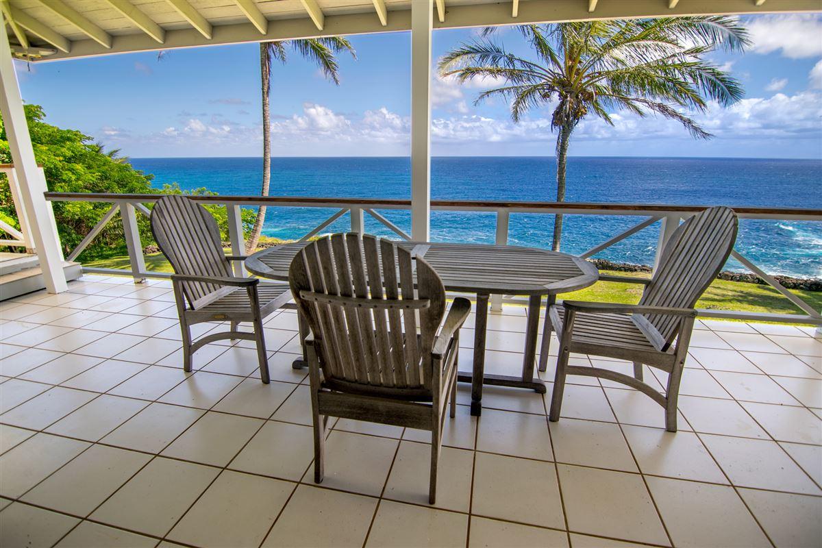 Mansions Maui Oceanfront Estate