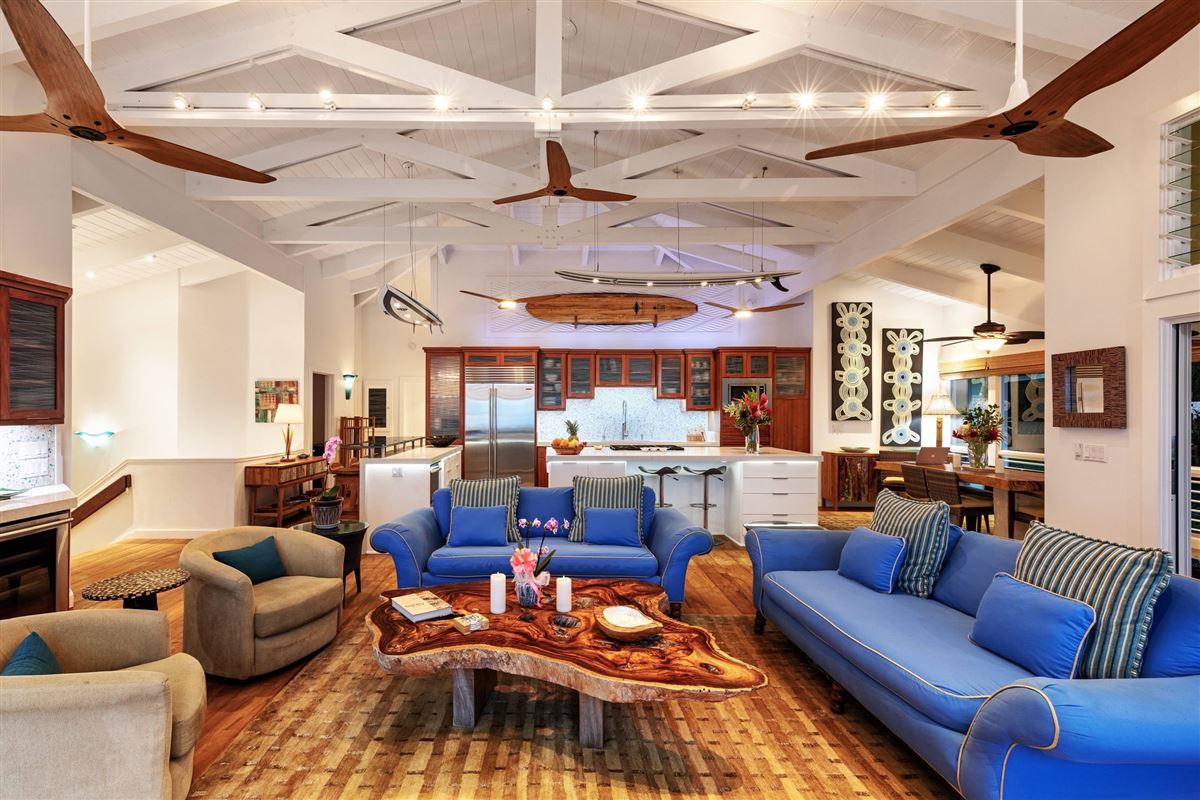 Luxury real estate Hanalei Beachfront Estate