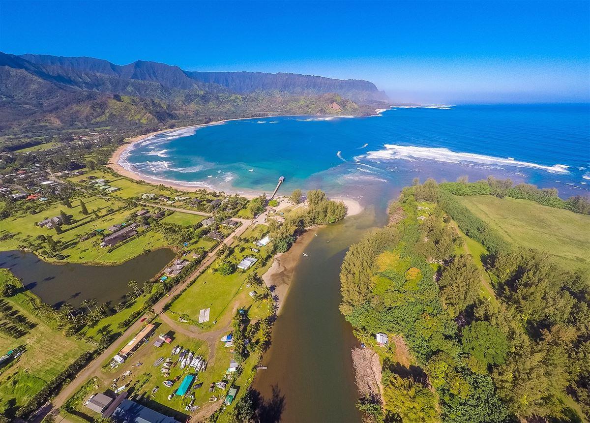 Hanalei Beachfront Estate luxury properties