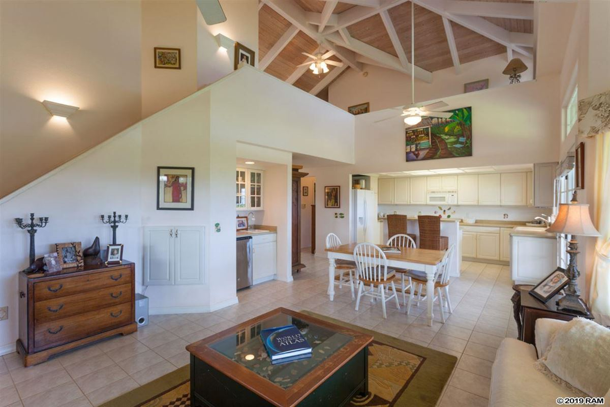 Luxury properties classic Plantation styled estate home