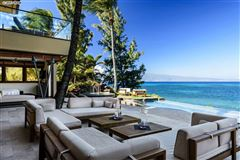 a dramatic oceanfront estate luxury properties