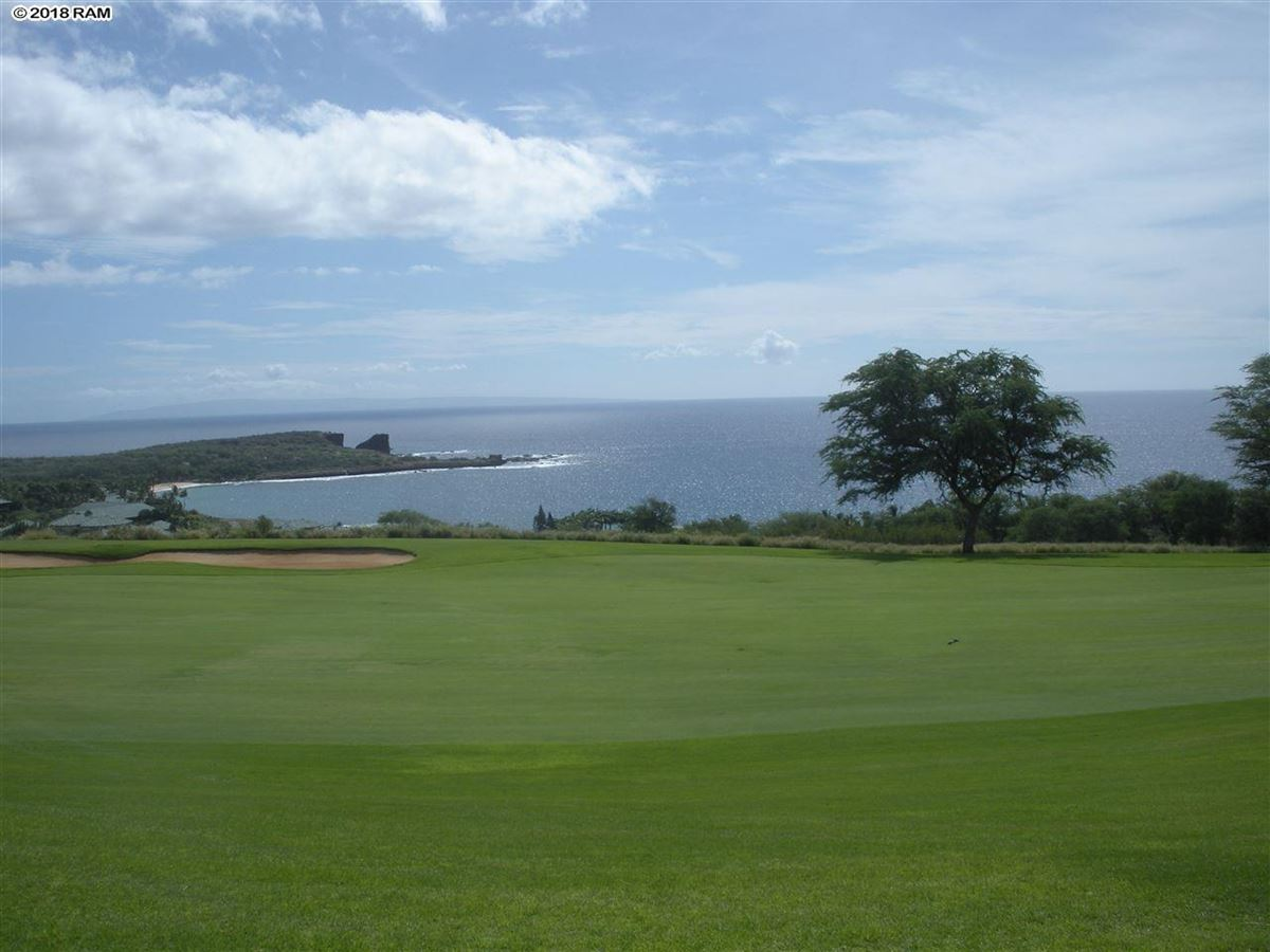 property overlooking the Lanai Golf Course luxury real estate