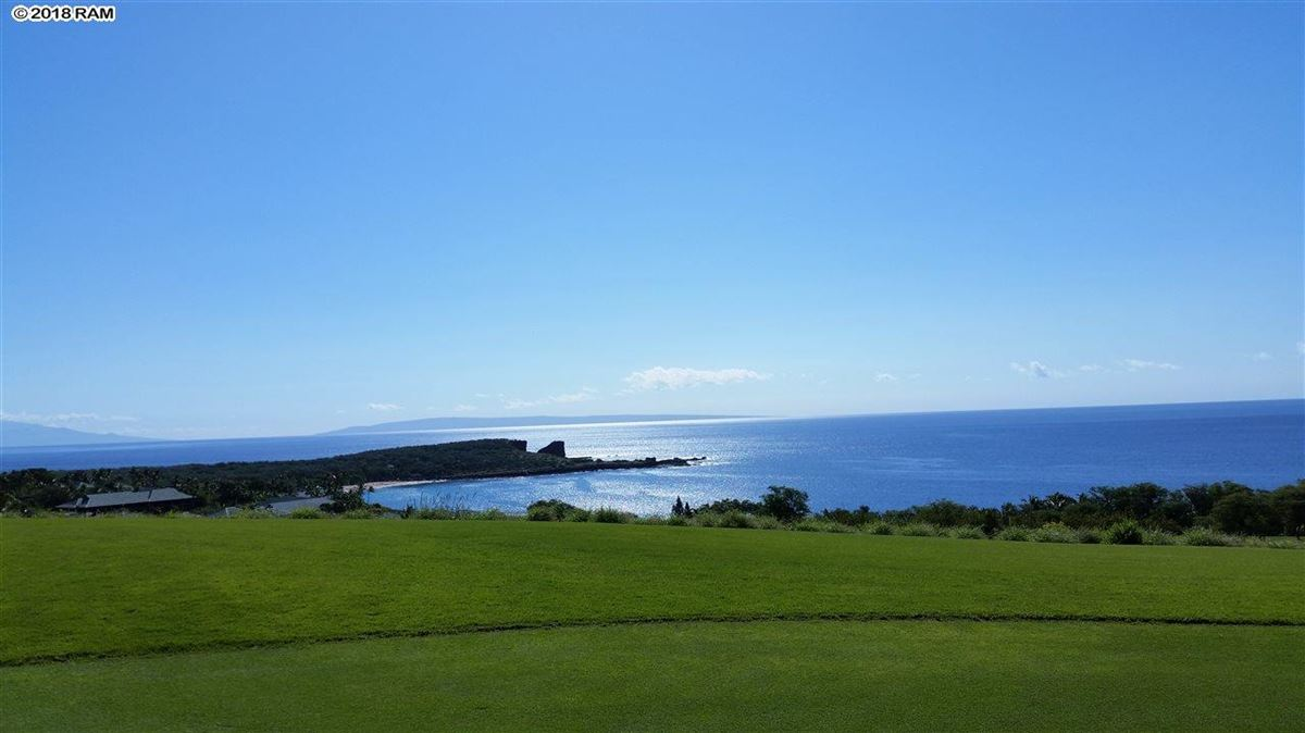 Luxury properties property overlooking the Lanai Golf Course