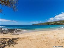 property overlooking the Lanai Golf Course luxury properties