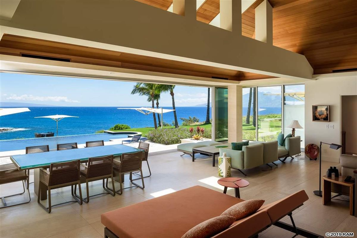 Hawea Point on West Maui luxury homes