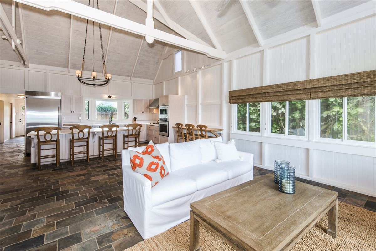 Move-in ready north shore beachfront home mansions
