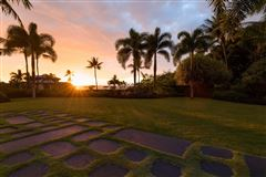 expansive custom residence in Ke Alohi Kai luxury properties