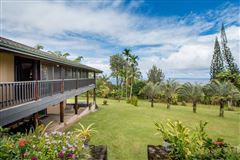 Mansions in An amazing Big Island Estate