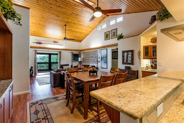 Luxury properties An amazing Big Island Estate