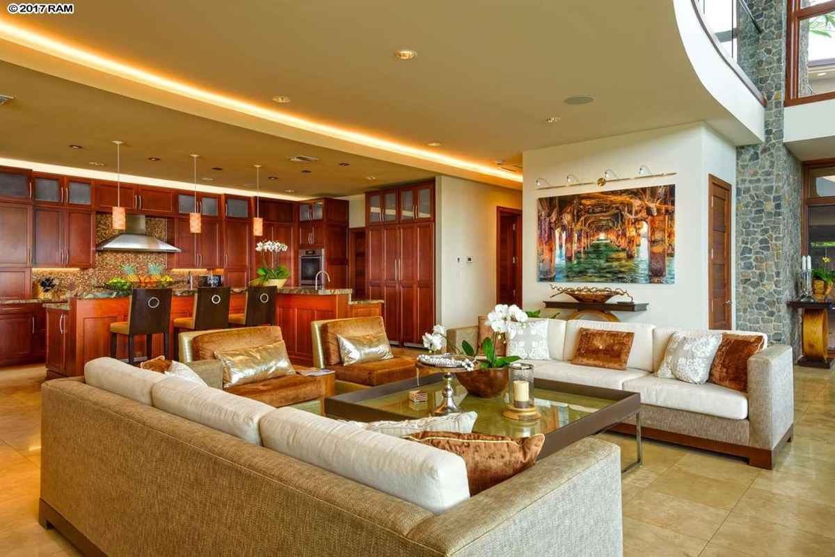 magnificent Kahana Estate luxury homes