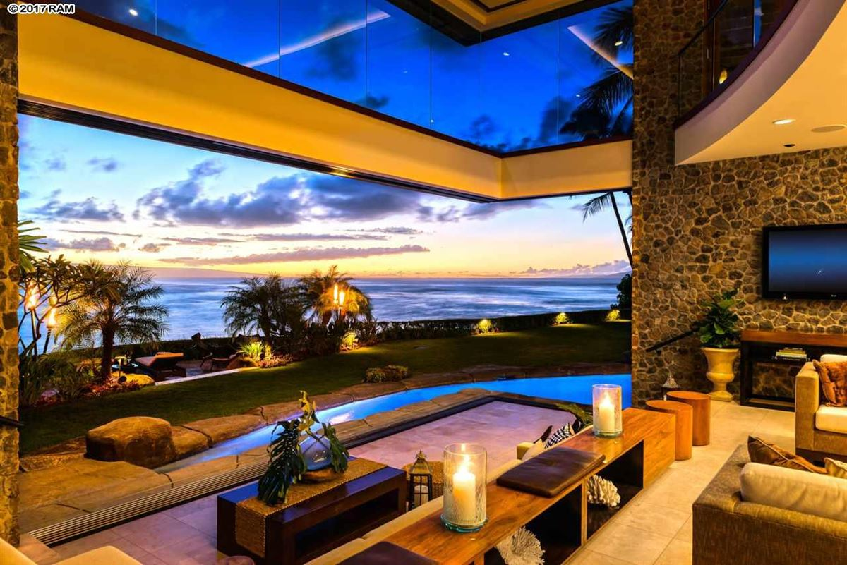 Luxury homes in magnificent Kahana Estate