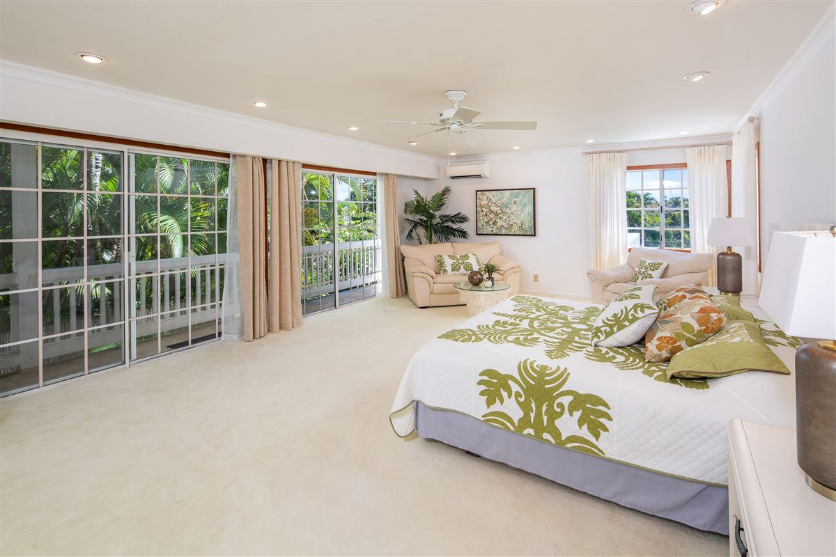 Luxury homes Your own private getaway steps from Lanikai beach