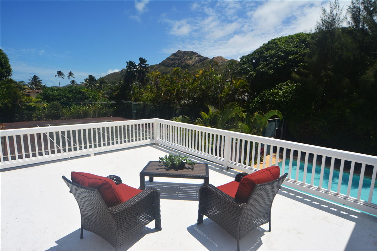 Your own private getaway steps from Lanikai beach luxury real estate