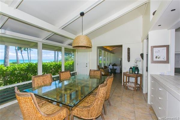 rare beachfront property luxury homes