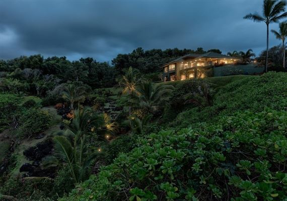Mansions more than 21 acre estate on the North Shore of Kauai