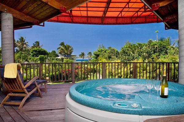 Mansions in beachfront Luxury estate compound