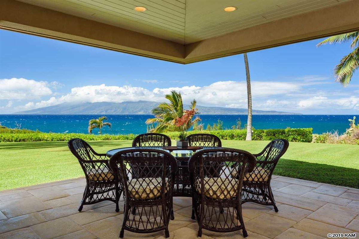 secluded oceanfront property luxury homes