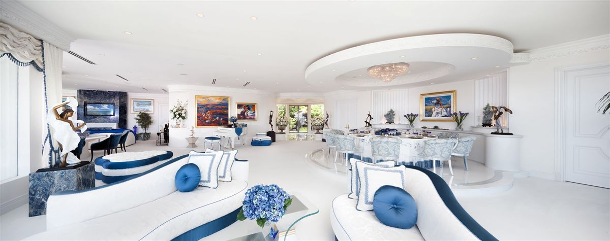 Hollywood glamour and New York elegance in honolulu luxury real estate