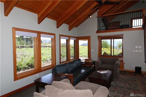 Bear Creek Estate on 20 acres luxury homes