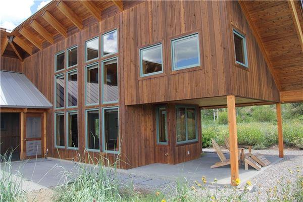 Luxury real estate Bear Creek Estate on 20 acres